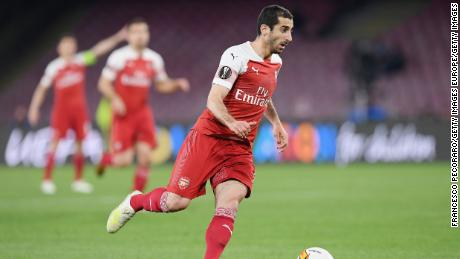 Henrikh Mkhitaryan in action for Arsenal against Napoli in the Europa League quarterfinals.