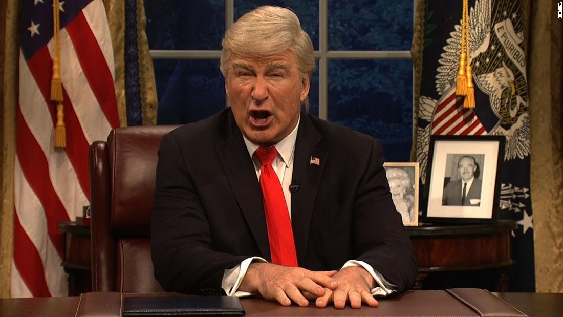 Alec Baldwin's Trump and friends sing 'Don't Stop Me Now' in 'SNL' season finale