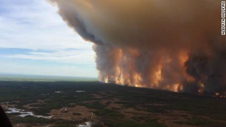 The Chuckegg Creek Wildfire, burning out-of-control in Mackenzie County, in northern Alberta, has reached nearly 200,000 acres, according to the government of Alberta.