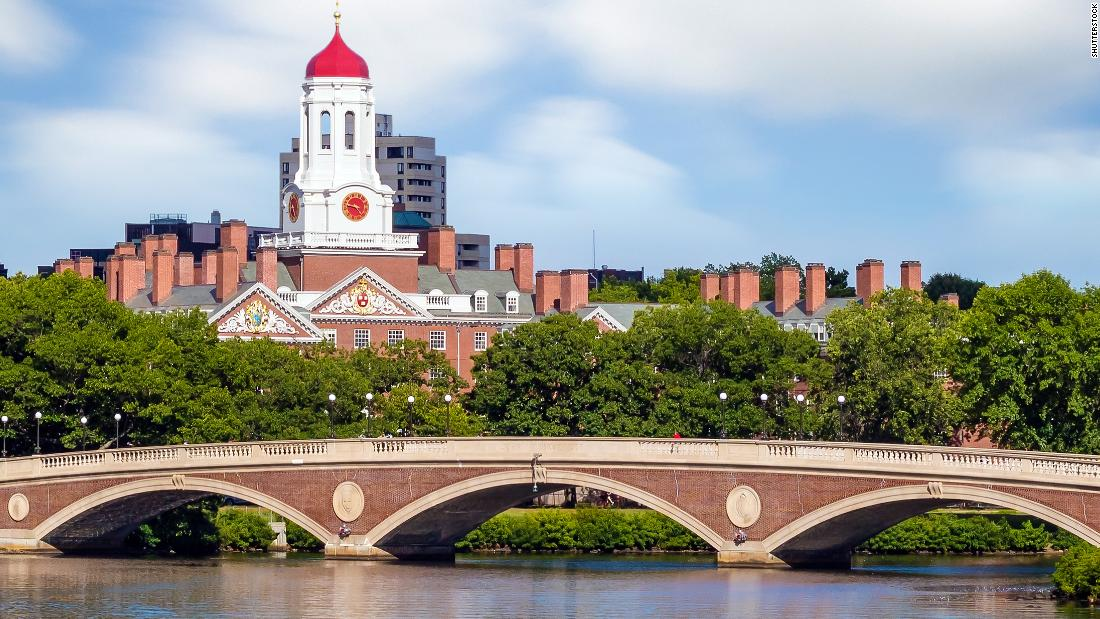 Harvard student previously denied entry into US is now on campus for classes thumbnail