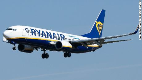 A Ryanair Boeing 737-800 aircraft lands at Barcelona's 'El Prat' airport on September 28, 2018. - Ryanair cancelled scores of European flights today as unions staged what they warned could be the biggest strike in the airline's history.