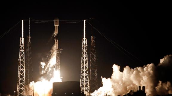 Image for SpaceX launches first batch of 60 internet satellites in landmark mission