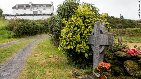 More than two decades after a woman was killed in an Irish village, French prosecutors hope to close the case