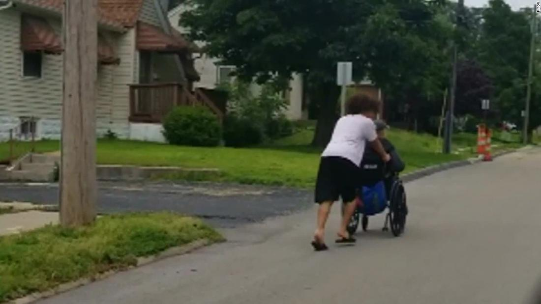 Drivers honked as a man in a wheelchair raced home during a storm. This teen stopped to push him all the way