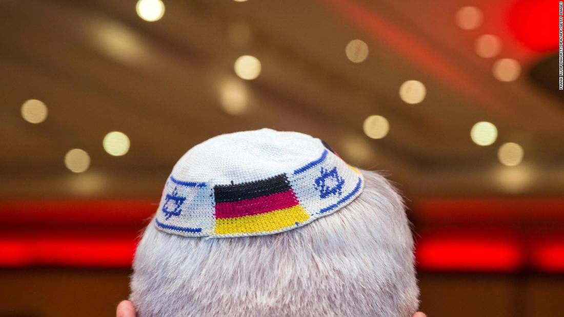 German Jews warned not to wear kippahs in public after rise in anti-Semitism