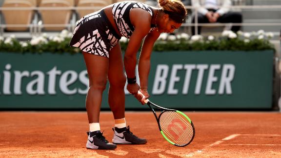 Williams lost the first set to Vitalia Diatchenko and was left frustrated with some of her errors.