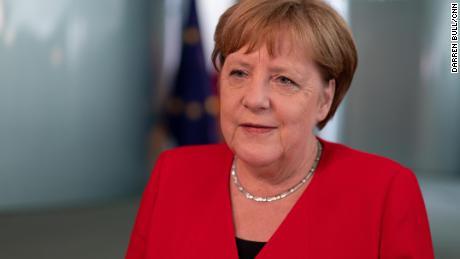 Angela Merkel warns of the invasion of dark forces in Europe