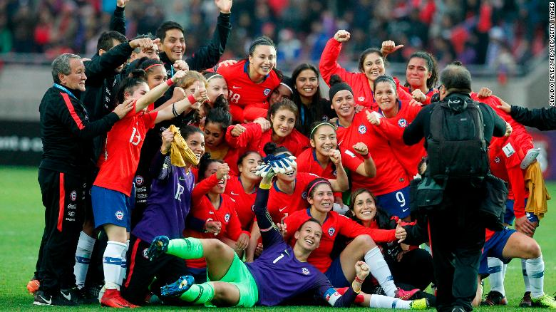Chile celebrates qualification to its first ever Women's World Cup.