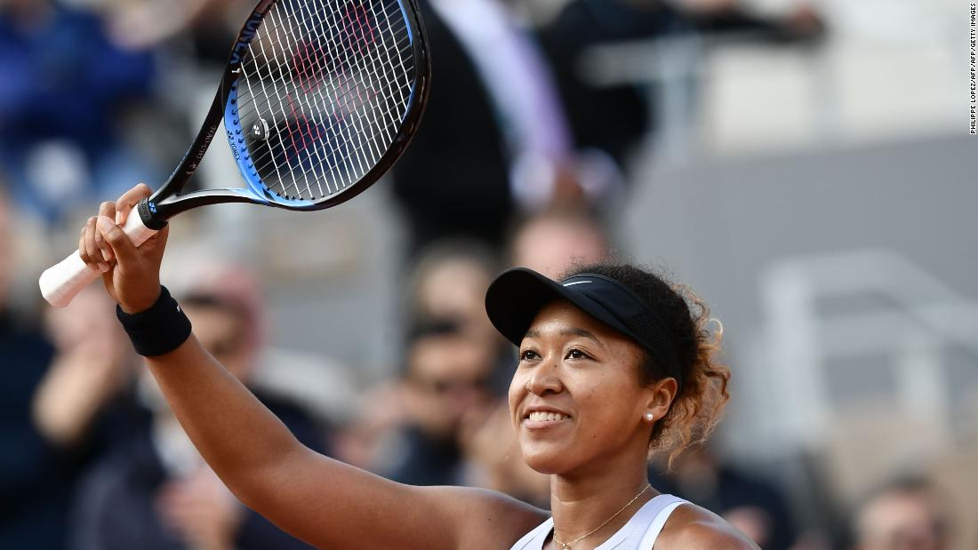 But Osaka turned it around to win in three sets on a wet and windy day in Paris.