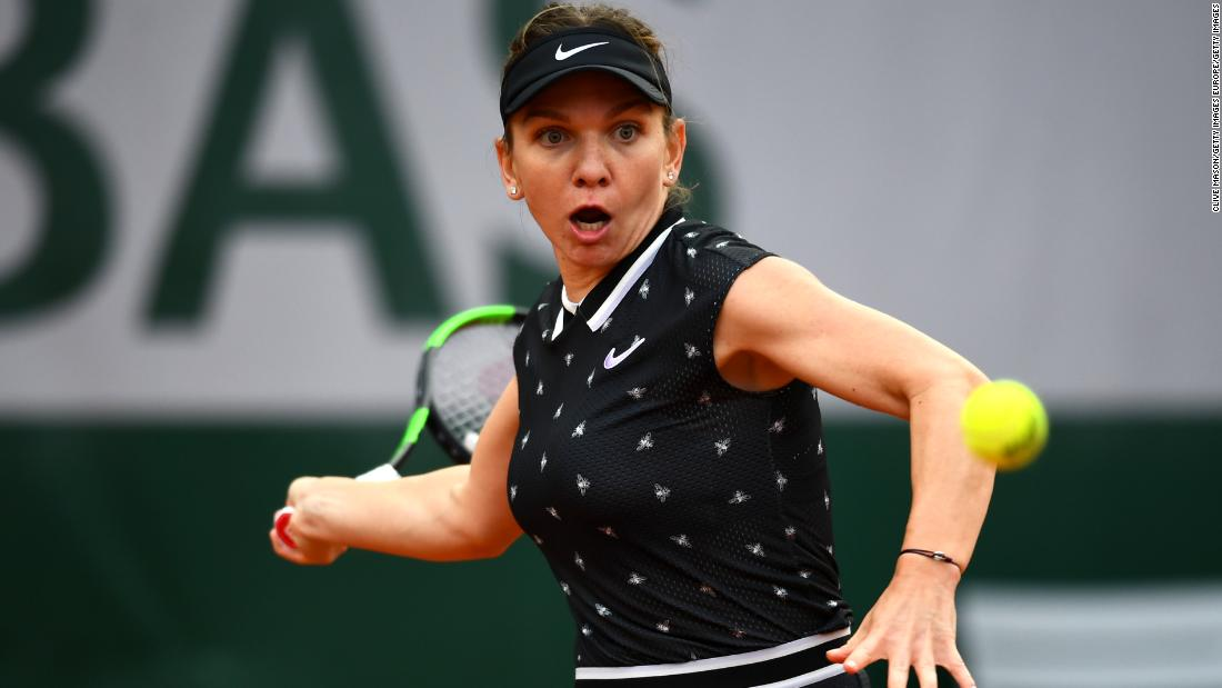 Also progressing was last year's winner Simona Halep, who needed three sets to beat Ajla Tomljanovic.