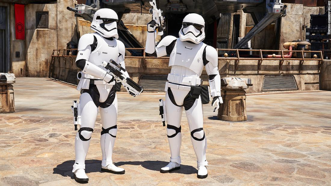 First Order Stormtroopers signal that Galaxy's Edge takes place during the current film trilogy.