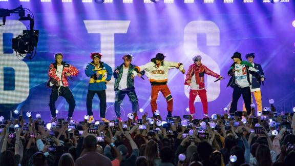 "BTS perform ""Mic Drop (Steve Aoki Remix)"" on Jimmy Kimmel Live!."