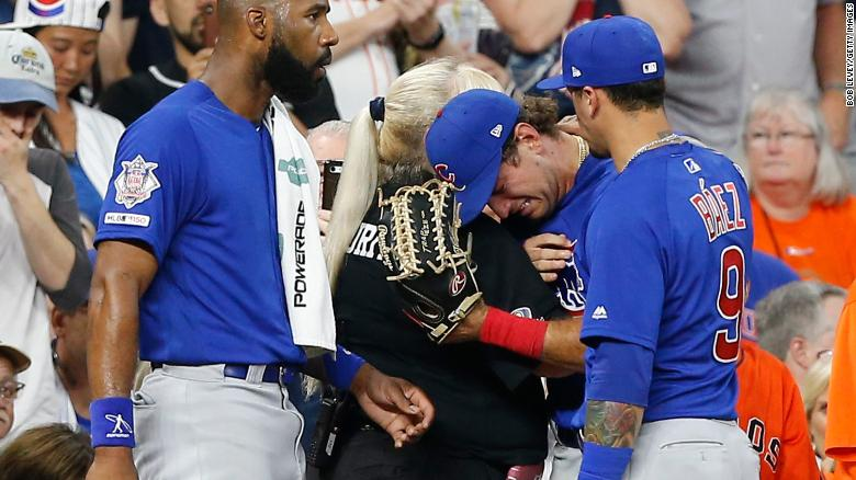 Albert Almora Jr. of the Chicago Cubs, center, was distraught after he hit a foul ball that struck a young girl in the head.