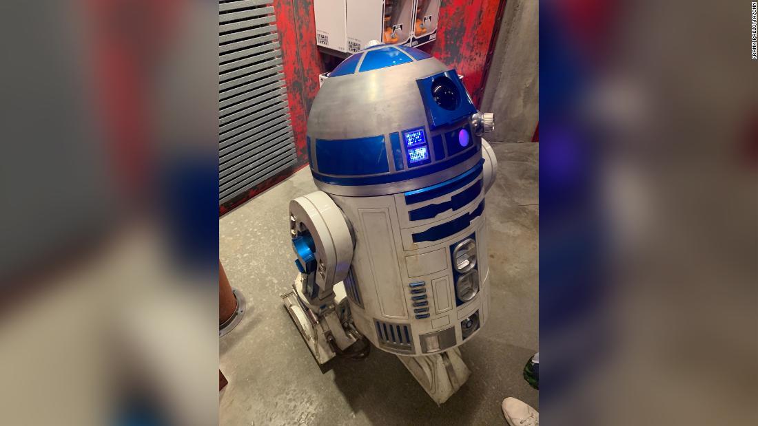 Star Wars fanatics drop $25,000 for a droid from Star Wars: Galaxy's Edge