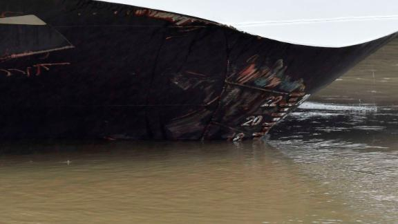 Abrasive damage visible on the Viking Sigyn hotelship, following its collision with the sightseeing boat.