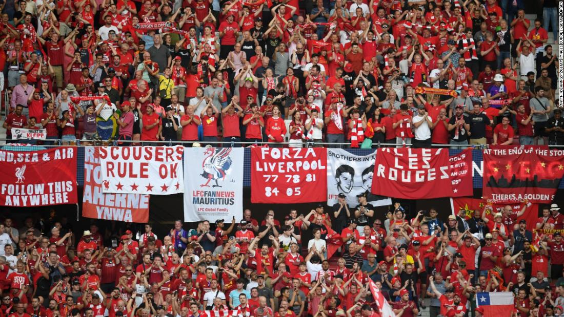 MADRID, SPAIN - JUNE 01: Liverpool fans show their support prior to the UEFA Champions League Final between Tottenham Hotspur and Liverpool at Estadio Wanda Metropolitano on June 01, 2019 in Madrid, Spain. (Photo by Matthias Hangst/Getty Images)