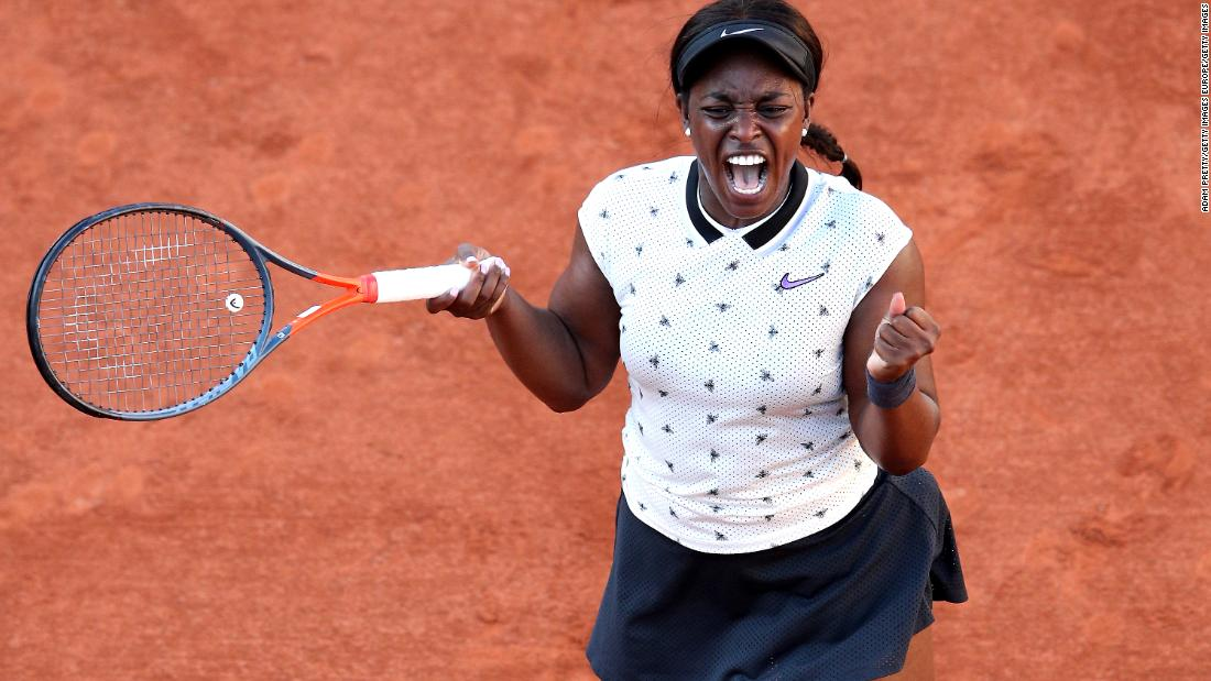 In the women's draw, last year's finalist Sloane Stephens topped former champion Garbine Muguruza in straight sets.