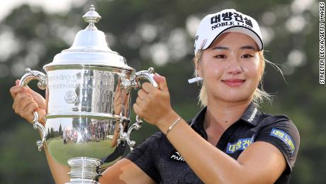 CHARLESTON, SOUTH CAROLINA - JUNE 02: Jeongeun Lee6 of South Korea celebrates with the trophy after winning the U.S. Women's Open Championship at the Country Club of Charleston on June 02, 2019 in Charleston, South Carolina. (Photo by Streeter Lecka/Getty Images)