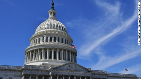 Pressure mounts on Congress to help struggling Americans as Covid-19 surges
