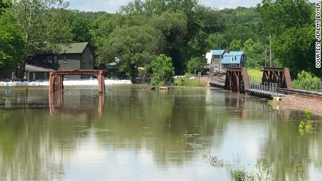 Water levels on the Mississippi River near the Anheuser Estate in Kimmswick, MO.