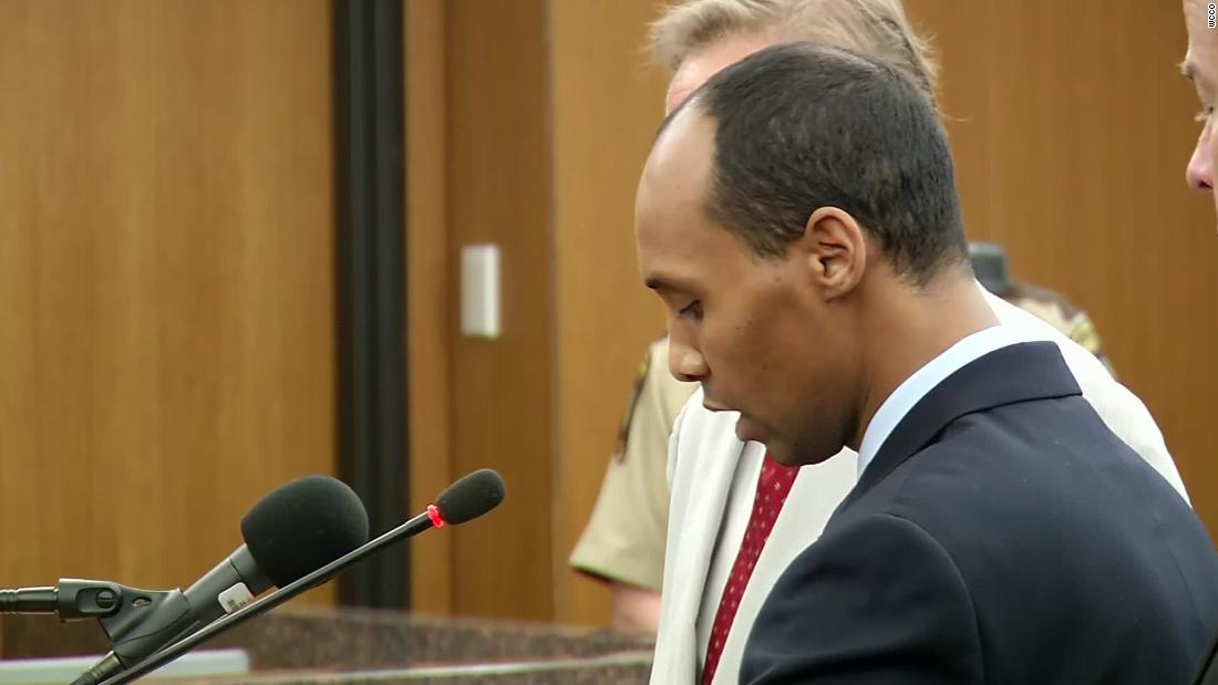 Mohamed Noor reads his statement in court