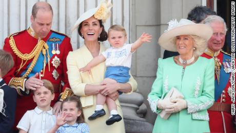 Trooping The Color 2020.Watch The Royal Family Celebrate The Queen
