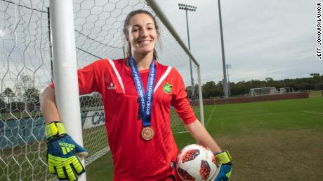 She's only 19 -- and just made tremendous saves as Jamaica's goalie