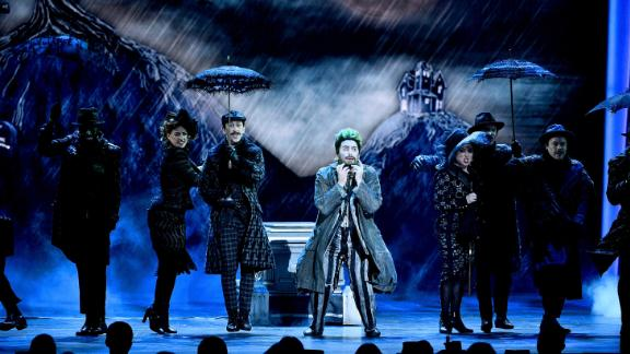 """Alex Brightman performs with the cast of """"Beetlejuice."""""""