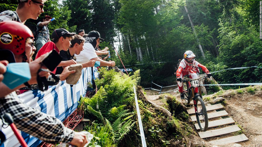 Aaron Gwin performs at UCI DH World Cup in Leogang, Austria on June 9, 2019.
