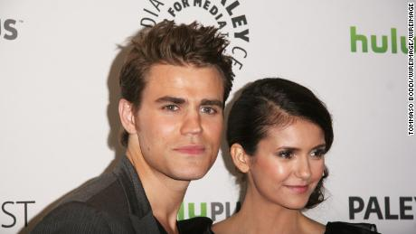 Who is stephen from vampire diaries dating in real life