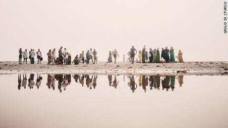 Striking photos show a decade of environmental decline along the Ganges