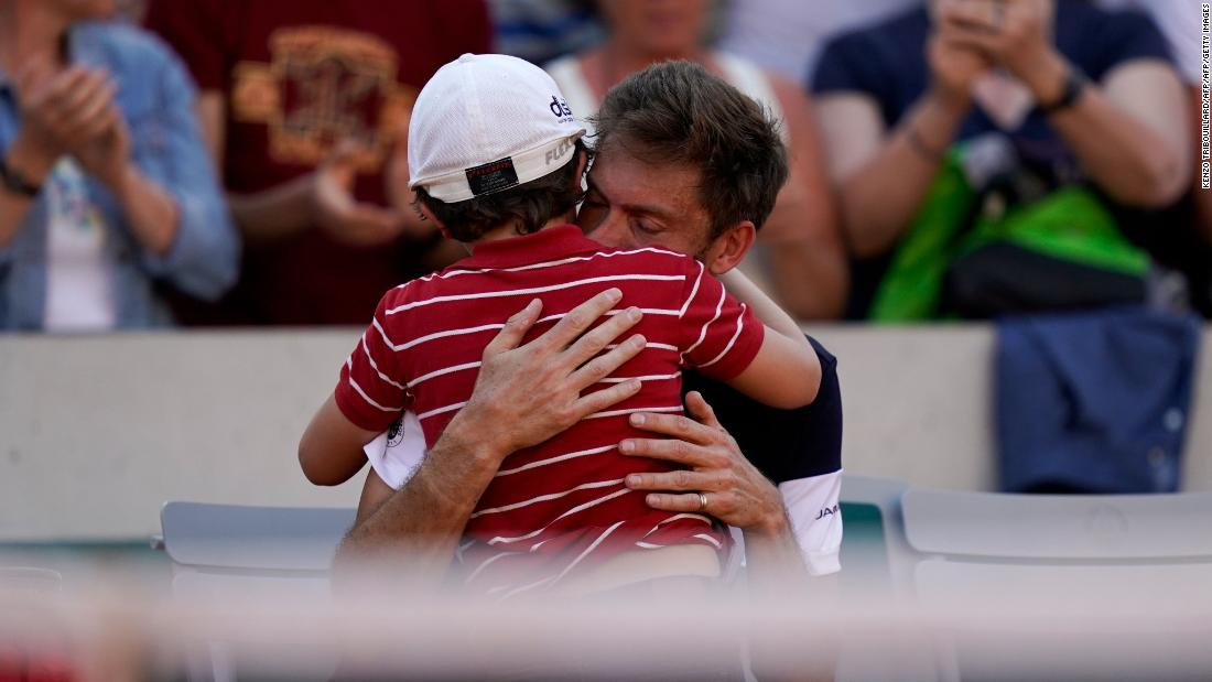 Father's Day: Unforgettable dad moments in sport
