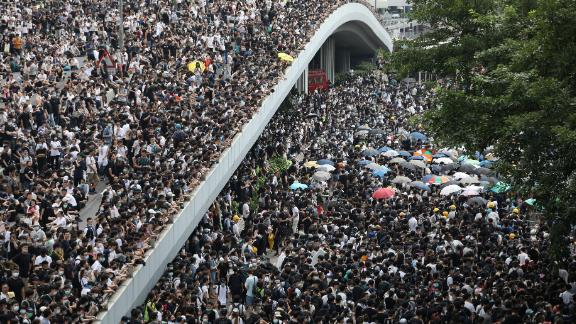 Protesters assemble near Hong Kong's Legislative Council on June 12, 2019. REUTERS/Athit Perawongmetha