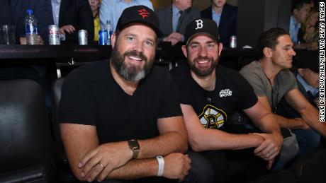 John Krasinski next-level trolled Jenna Fischer at Stanley Cup Game 7