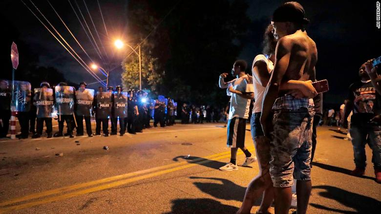 Dozens of Memphis cops injured in clash with protesters