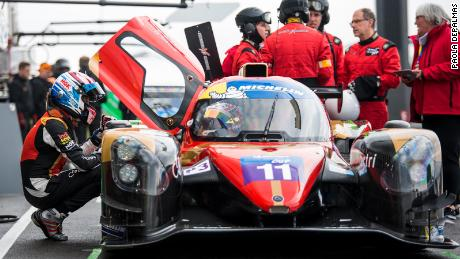 Martin checks in with her Racing Experience teammate during the 2019 Michelin Le Mans Cup.