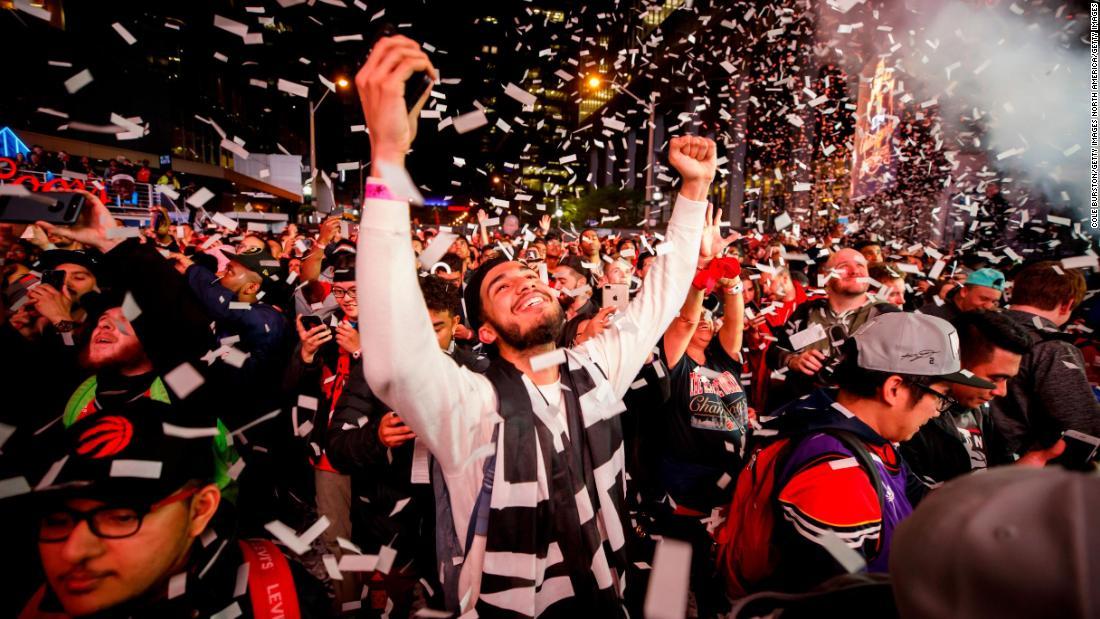 info for 66cf8 039bb Canada is 'feeling the love' of Toronto Raptors' NBA Finals ...