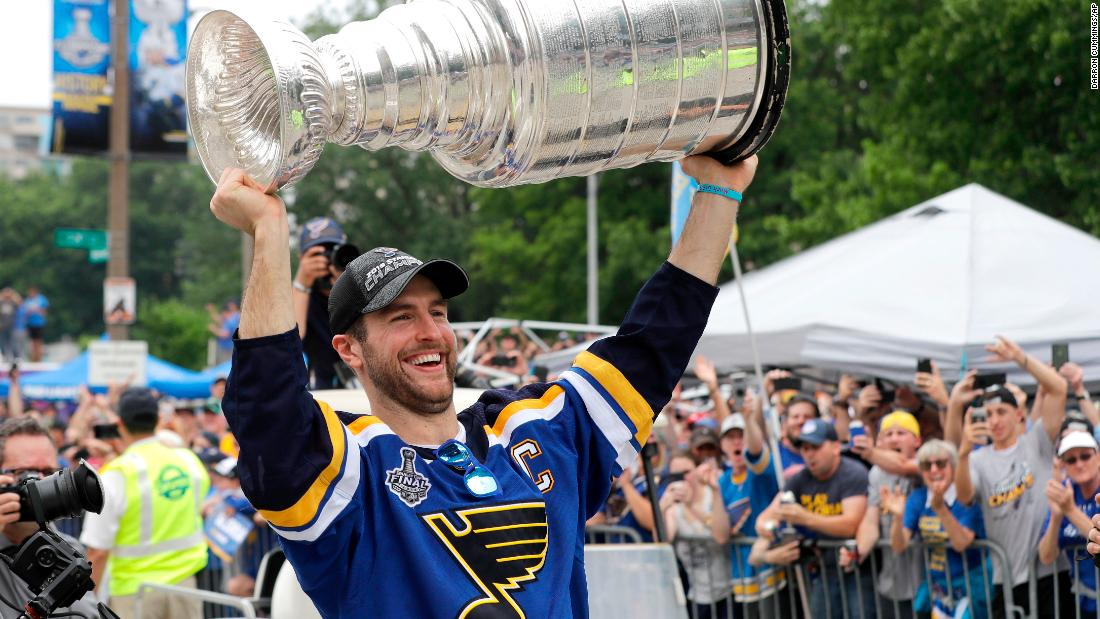 St. Louis Blues parade and rally celebrates team's 'worst to first' season after winning the Stanley Cup
