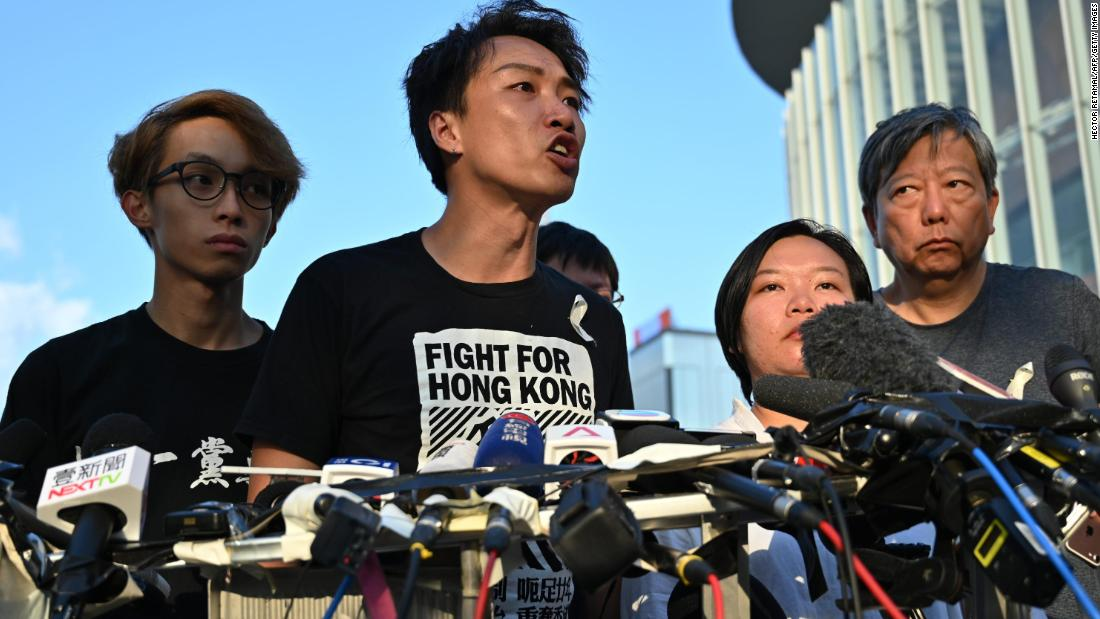 Hong Kong protesters push ahead with mass rally despite suspension of controversial bill