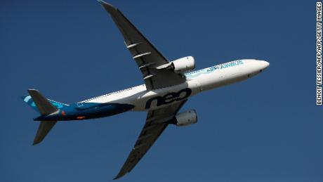 British Airways strike: Pilots vote in favor - CNN