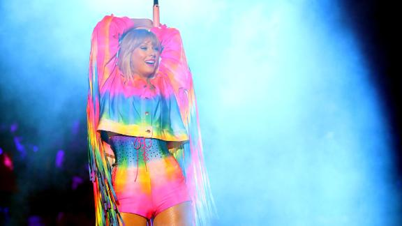 Taylor Swift will perform in New York