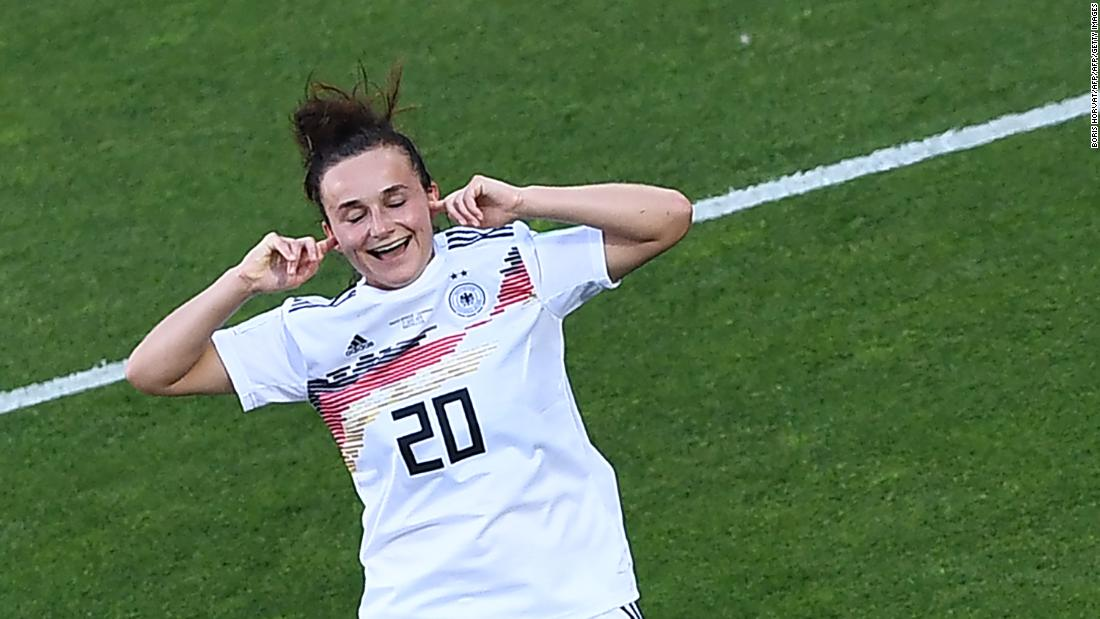 Germany cruises to World Cup knockout stages, South Africa eliminated