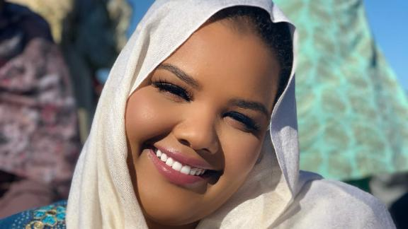 Sudanese-born beauty influencer Shadh Khidir is speaking out about the Sudan conflict.