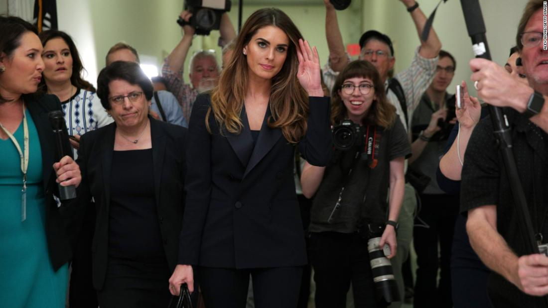 Hope Hicks silent while roaming the halls of Congress