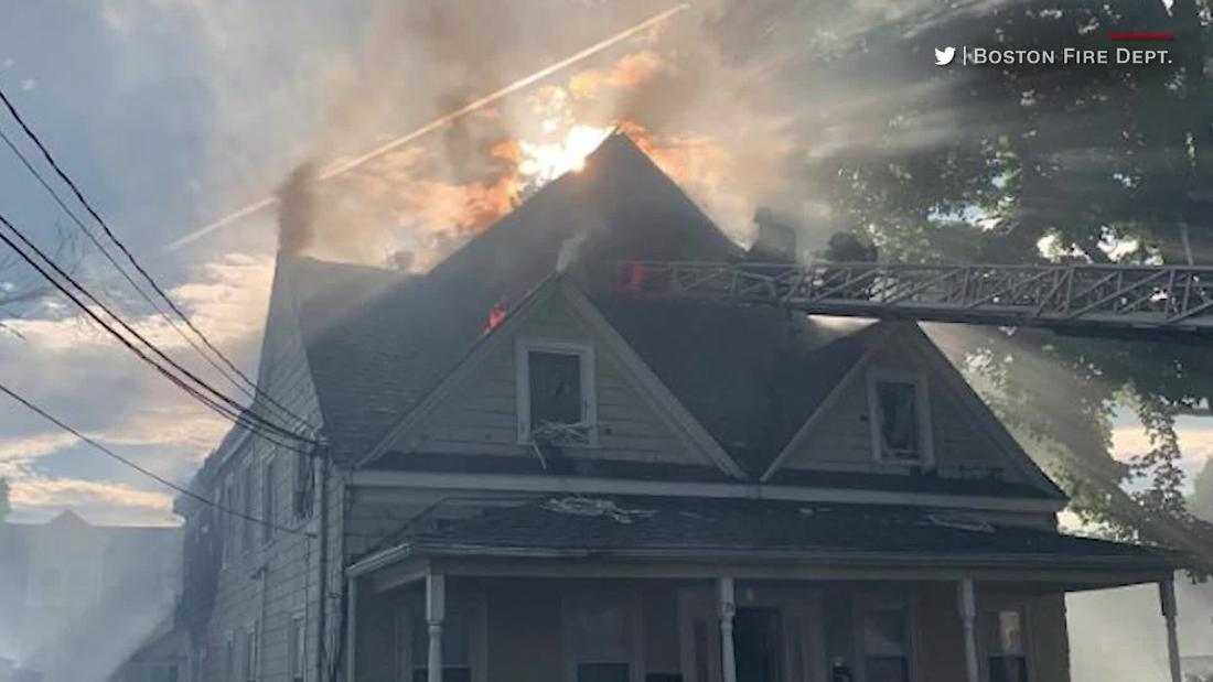UPS driver runs into burning houses to save residents