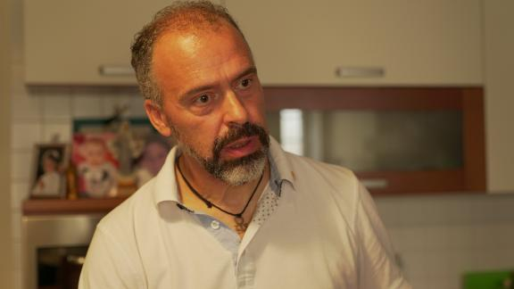 Loris Mazoratto, the former mayor of the Italian town of Resana, says he would rather home school his two daughters than vaccinate them.