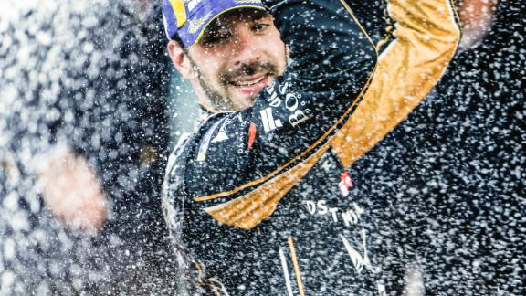 Jean-Eric Vergne strengthened his grip on the title with his third victory of the season in Bern, extending his lead to 38 points at the top of the championship.