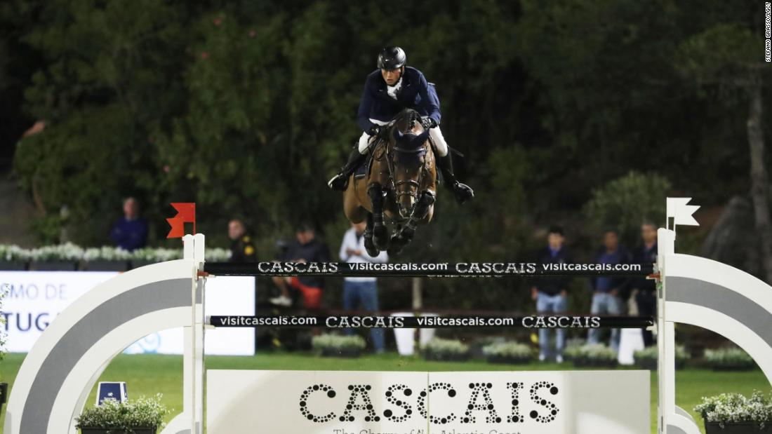 Martin Fuchs clinches double GCT victory in Cascais