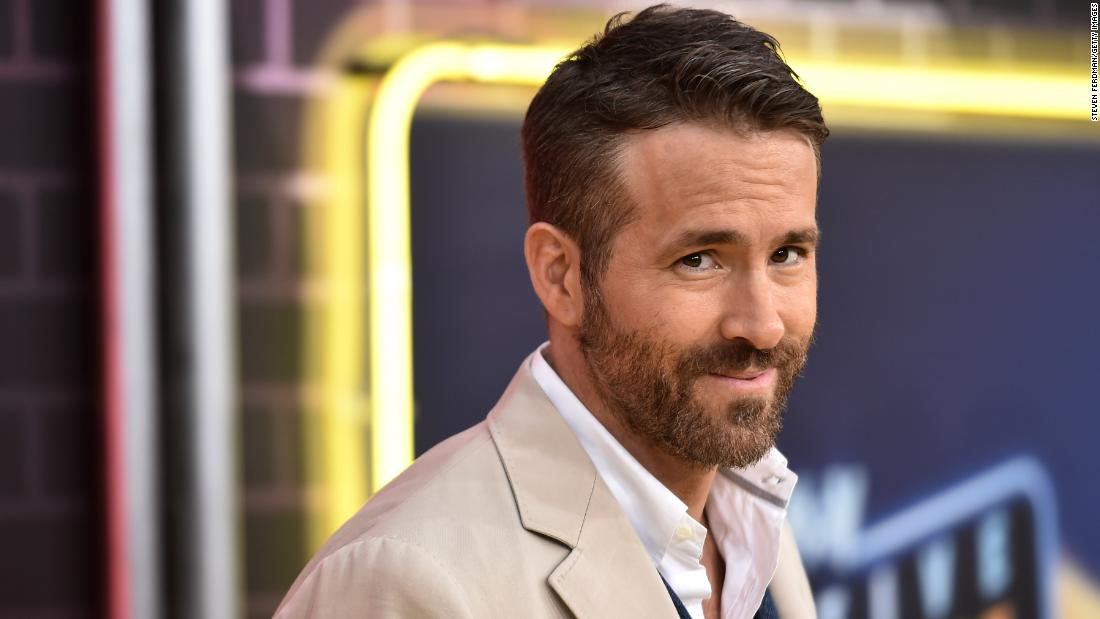 Ryan Reynolds wrote a fake Amazon review for his own gin. And then he wrote about that on Twitter