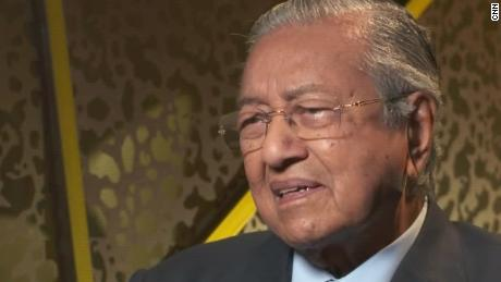 Malaysia PM: China won't kowtow to US trade demands